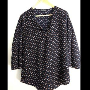 Navy blouse with 3/4 sleeves